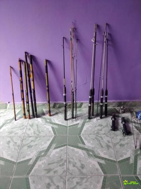 troca -se equipamento de pesca por cel